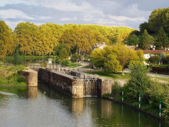 Convoyage fluvial