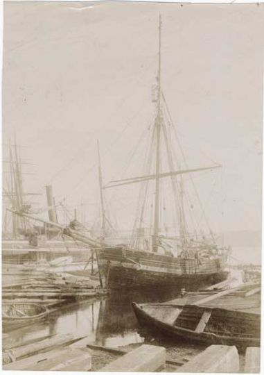 Amundsen Gjoa