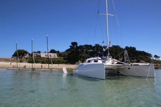 Refit du catamaranConcept 33 CR
