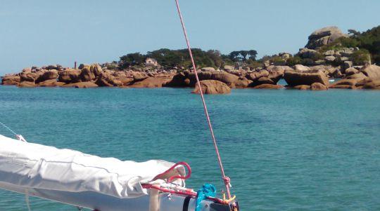 Croisière sur la côte de granit rose