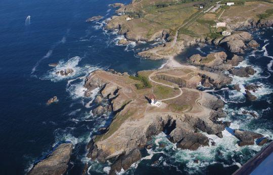 La pointe de poulains et son phare éponyme.