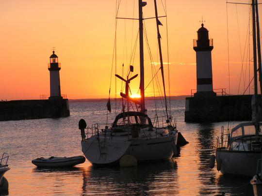 Lever de soleil à Port Tudy sur l'île de Groix