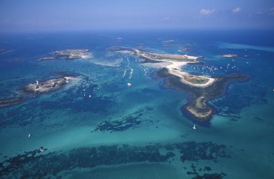 Les Glénan, un chapelet d'îles, de rochers et de plages de sable blanc