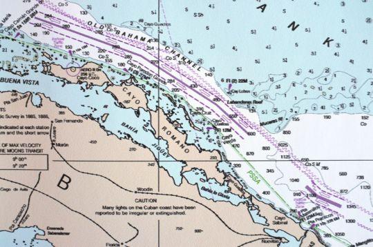 Détail de l'impression au format personnalisé sur du papier 150g d'une carte générale de la Floride et Cuba. L'empâtement des textes est beaucoup plus marqué.