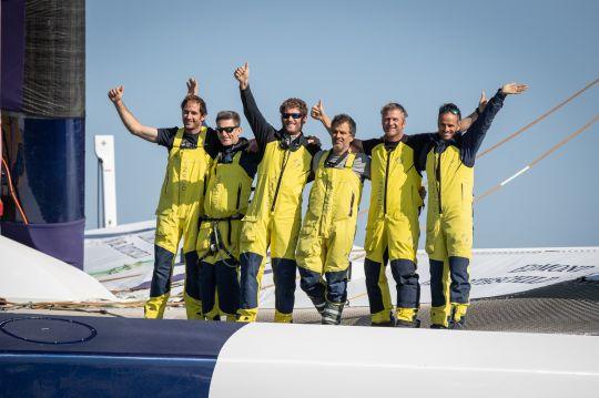 L'équipage du Maxi Edmond de Rothschild © E.Stichelbaut / polaRYSE / Gitana S.A