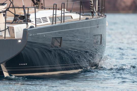 La coque du First Yacht 53