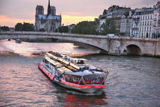 Bateaux Parisiens Bateaux Mouches Vedettes De Paris