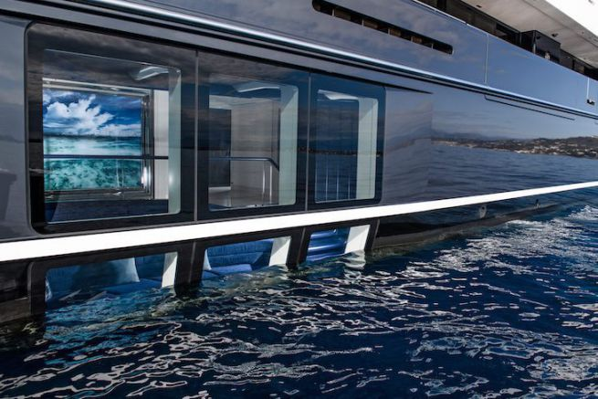 Le salon semi-submergé du superyacht Elandess