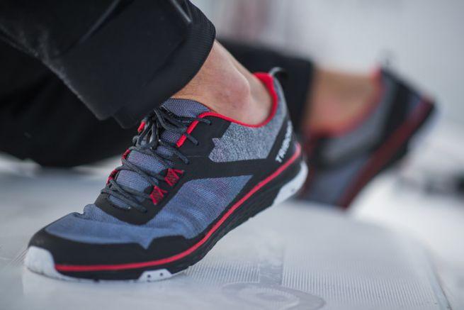 Race Le TribordÀ Avec La 500 Running Chaussures Frontière lKJT1Fc