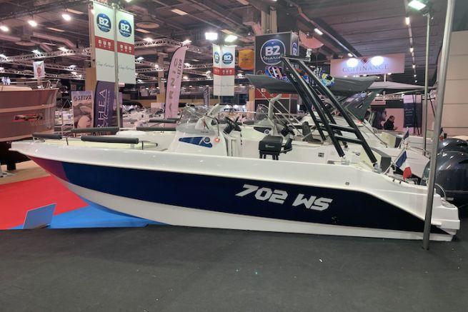 B2 Marine 702 WS