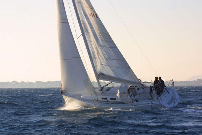 Remonter au vent avec un voilier