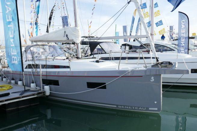 Oceanis 34.1 : Un voilier qui cherche à allier volume et simplicité de navigation