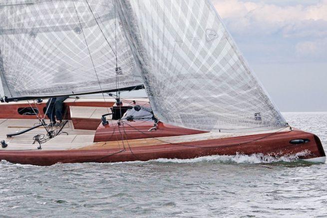 Le LA28, du chantier LA Yacht- und Bootsbau GmbH