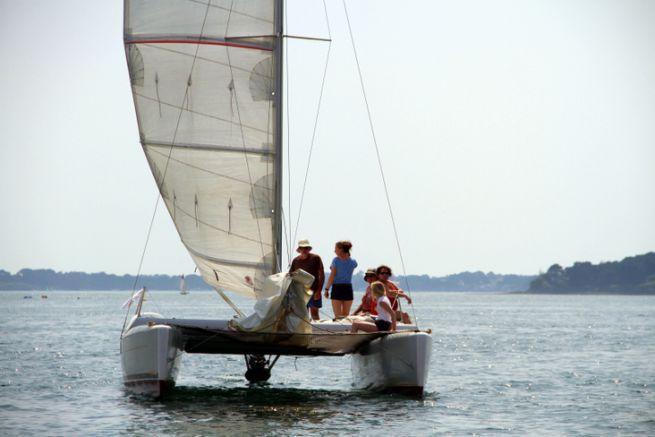 Le Corneel 26 est l'un des petits catamarans habitables les plus rapides du marché