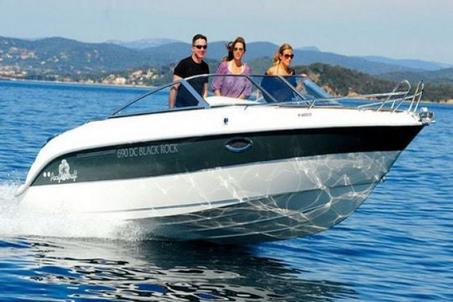 Pacific Craft 690 Day Cruiser
