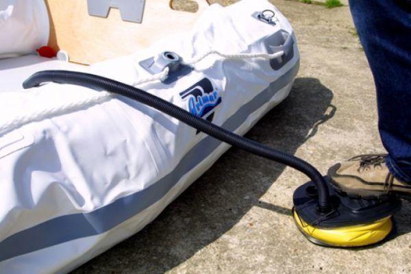 MAGT Manom/ètre de Pression dair pour Bateau 30PSI Mesure de canot pneumatique en Caoutchouc Barom/ètre Simple pour Bateau Gonflable avec Pompe /à Main Accessoires de Kayak