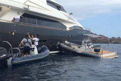 Crash d'un tender dans un superyacht