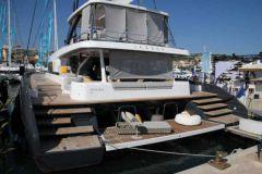 Lagoon Seventy 7 au ponton au salon de Cannes