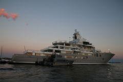 Le superyacht Ulysses dans la baie de Cannes en septembre 2016