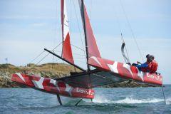 Easy To Fly, catamaran à foils