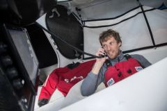 Paul Meilhat officialise son abandon du Vendée Globe en vidéo