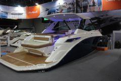 Sundancer 320, nouveauté 2017 de la marque Sea Ray