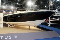 Le CX 280, premier modèle de la nouvelle gamme CX d'Invictus Yacht