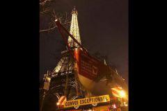 Première mondiale : un voilier du Vendée Globe sur la tour Eiffel !