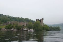 Navigation au pied des chateaux du Loch Ness pendant le SailCaledonia
