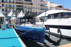 Première présentation du Fjord 44 sur les pontons du Cannes Yachting Festival