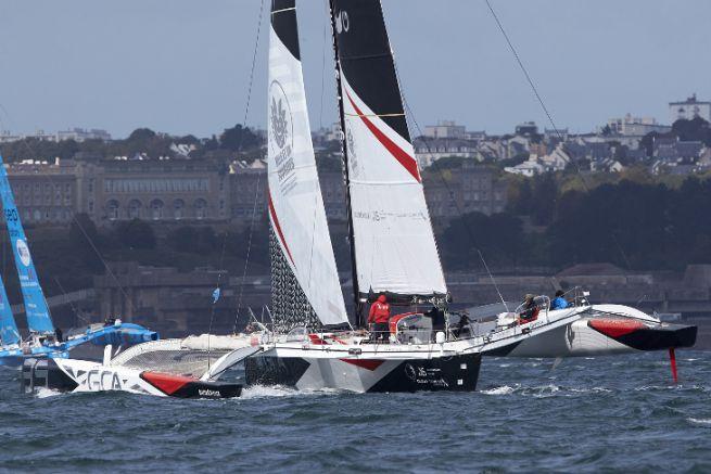 Le trimaran groupe GCA au Grand Prix Multi50 de Brest