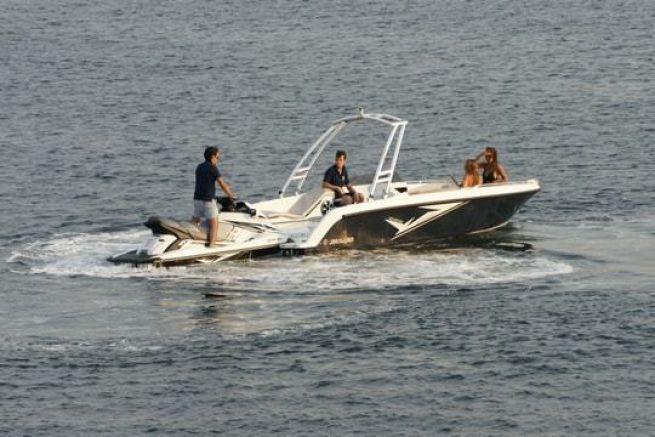 Le Wave Boat 656