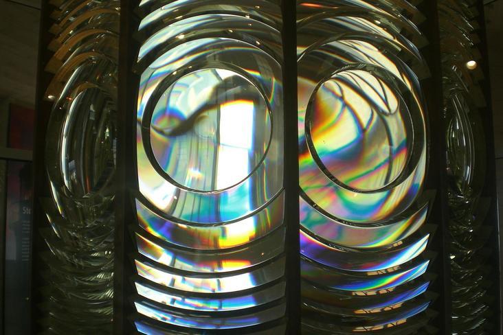 La lentille de Fresnel en haut du phare de Saint-Mathieu