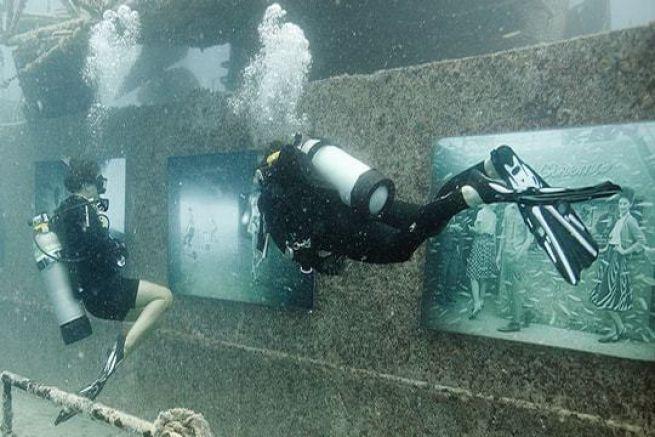 Exposition sous-marine