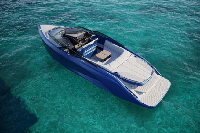 Princess R35, un dayboat à foils pour le chantier Princess Yachts