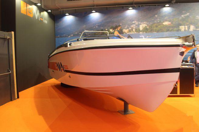 Le BMA X222 au Nautic 2017