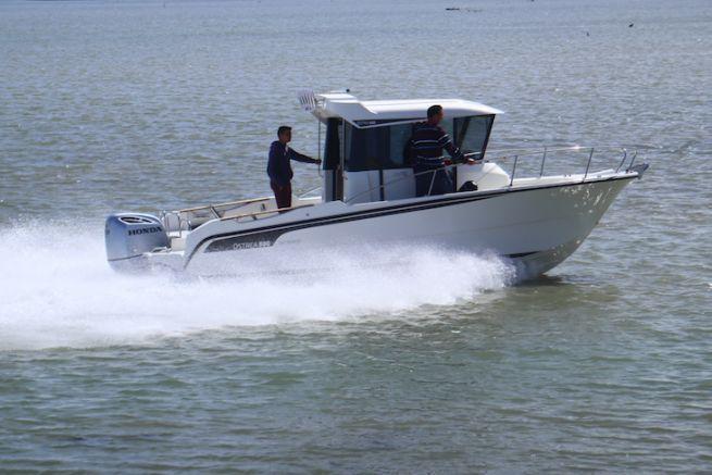 L'Ostrea 800 en version timonerie