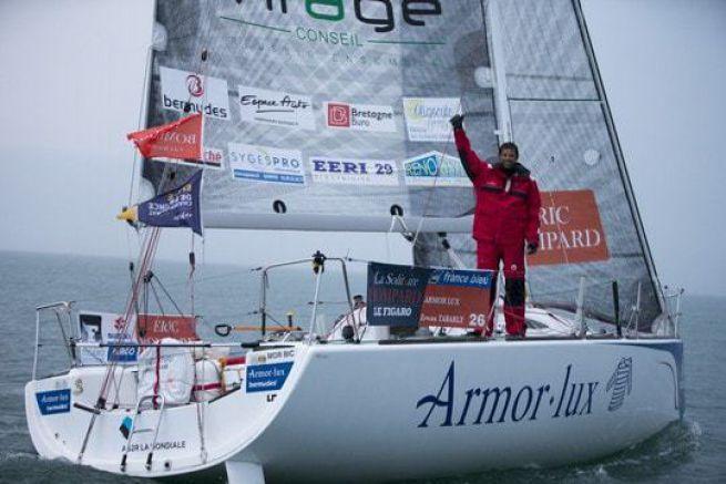 Victoire d'Erwan Tabarly sur la 1ère étape de la Solitaire Bompard Le Figaro