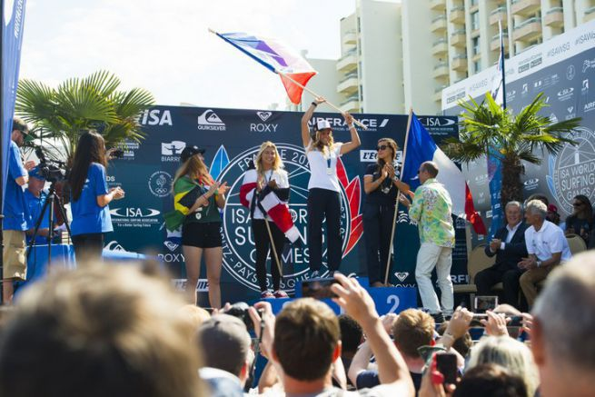 Le podium féminin des Mondiaux de Surf 2017