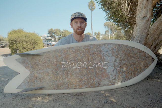 La Cigarette Surfboard, composée de 10 000 mégots de cigarette