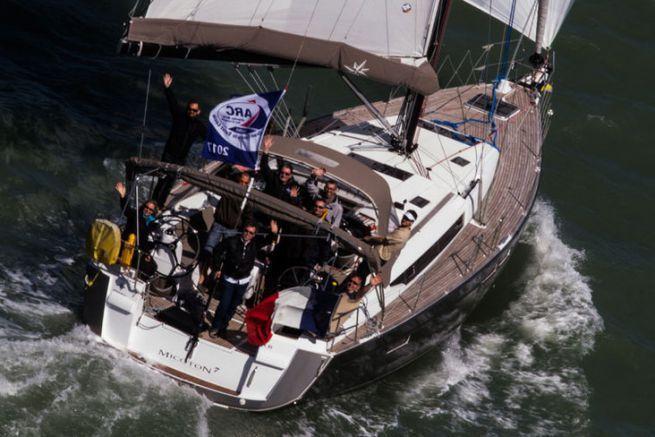 Préparation d'un Jeanneau Sun Odyssey 479 pour la course
