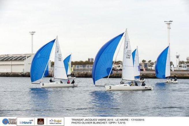 Les skippers de la Transat Jacques Vabre régatent en J80