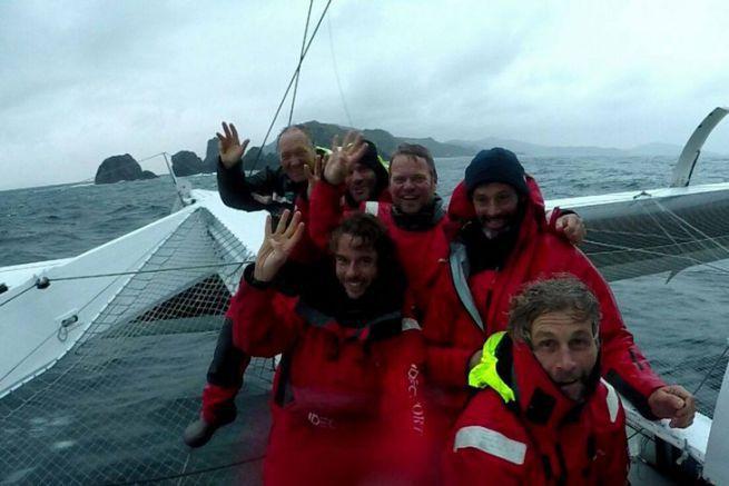 L'équipage d'Idec Sport au Cap Horn