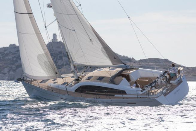 Wauquiez Pilot Saloon 58, premiers bords au large de Marseille